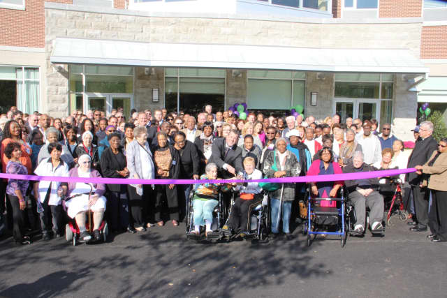 Mount Vernon's Wartburg held a ribbon cutting ceremony earlier this week to open up its new $31 million building.