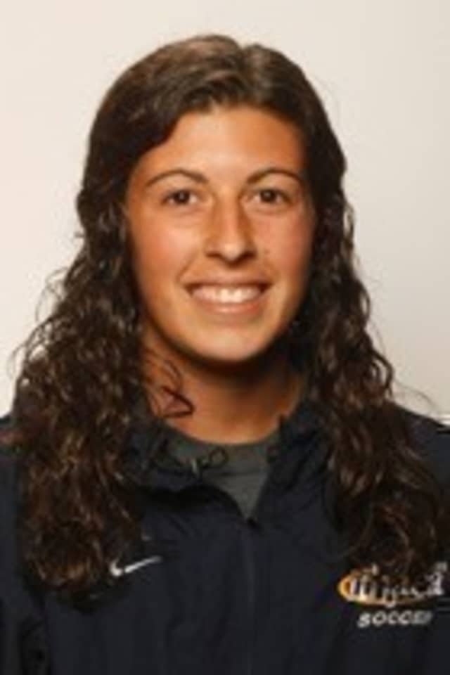 Ithaca College Goalie and Somers HS graduate Beth Coppolecchia was named the Empire 8 Defensive Player of the Week.