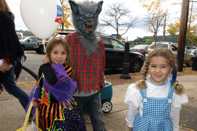 """Trick-or-treaters are welcome at Mount Vernon's """"Monster Mash."""""""