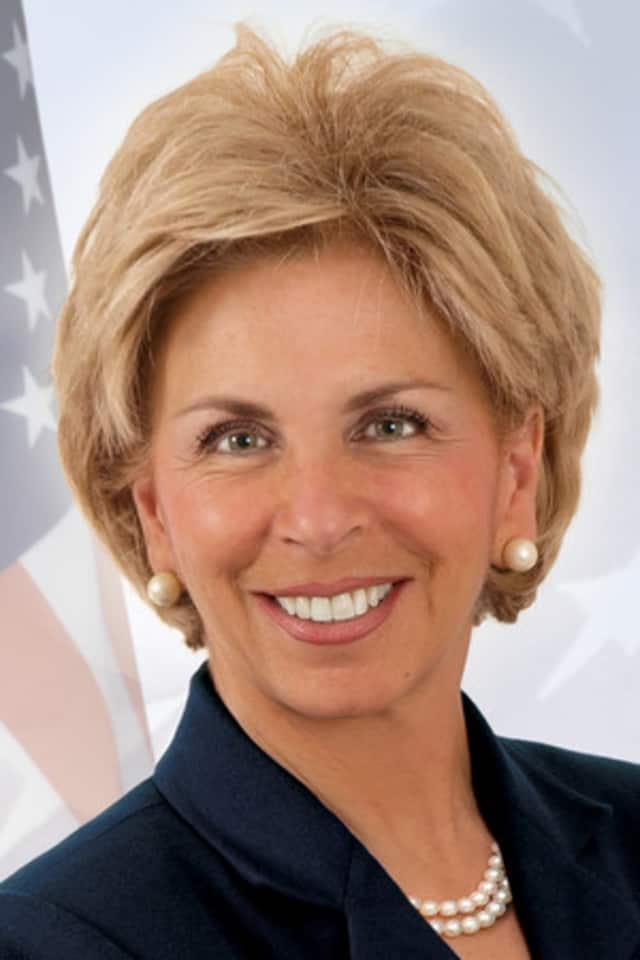 A Hawthorne resident is threatening to sue Westchester County District Attorney Janet DiFiore, above, according to a report from The Examiner.