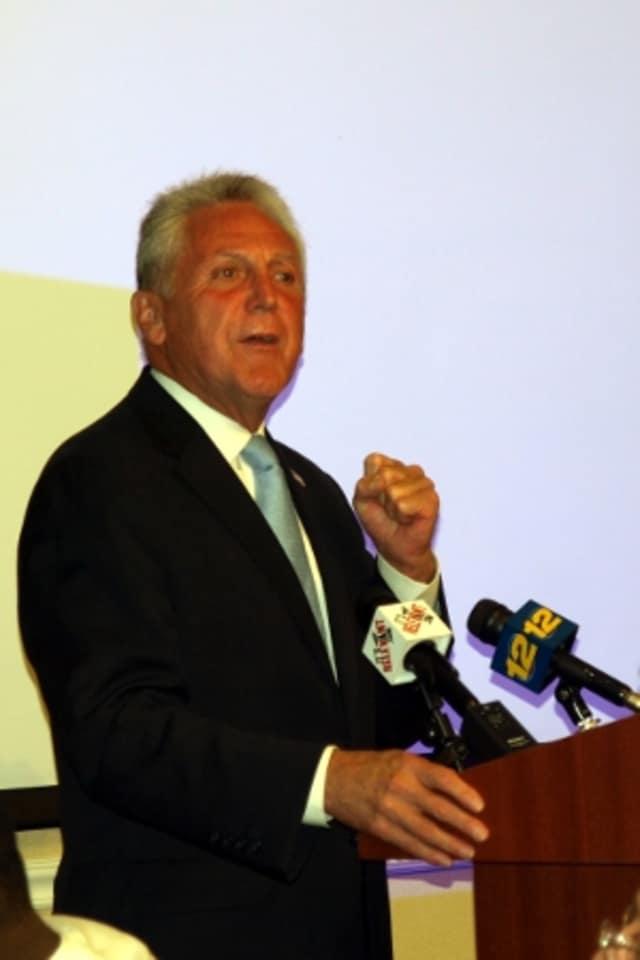 Norwalk Mayor Harry Rilling is hosting a community forum on avoiding scams April 2.