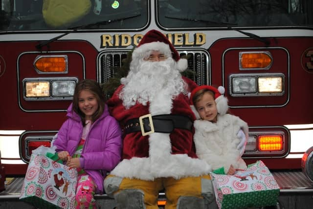Brooke and Ava Manganiello received a surprise visit from Santa in 2012