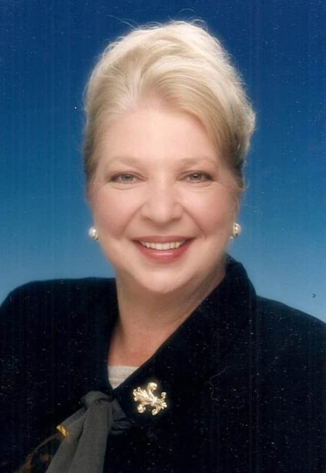 Judith E Kiernan