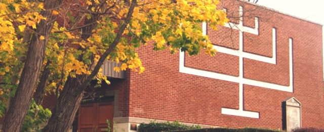 Mount Vernon's Fleetwood Synagogue is set to honor Riverside Memorial Chapel's senior vice president David A. Alpert in December.