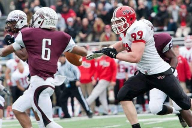 New Canaan football, undefeated this season, is the FCIAC champion.