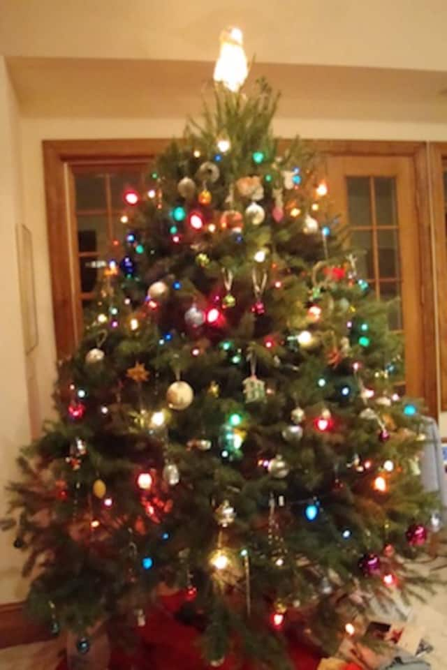 See what's open and closed in Darien on Christmas.