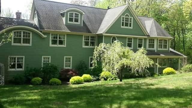 121 Linden Tree Road, Wilton