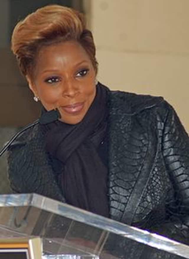 Mary Jane Blige turns 43 on Saturday.