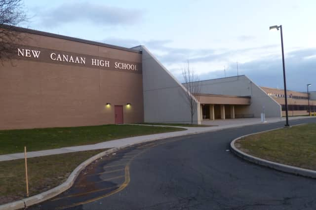 A New Canaan High School Student had his iPhone stolen from his backpack recently.