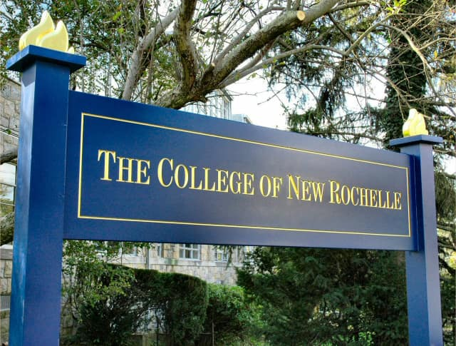 The program at The College of New Rochelle addresses methods, strategies and practices to support terminally-ill patients, their families, and close networks as they cope with impending death.