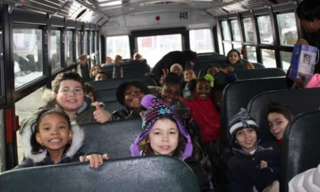 """Mount Vernon students were on a field trip to """"The Rachel Ray Show."""""""