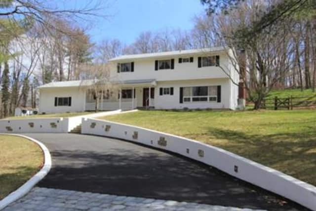 2294 Van Cortlandt Circle, Yorktown Heights