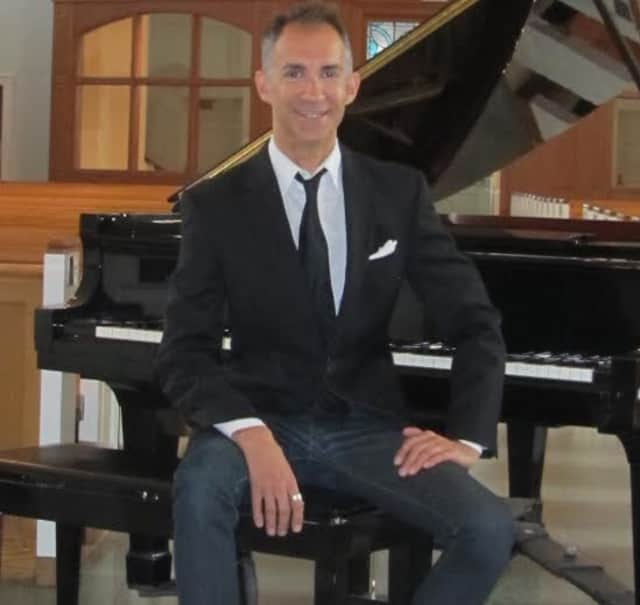 The final concert of the St. Catherine of Siena Concert series is set for May 9. Conductor Mark Kaczmarczyk will lead members of the Greenwich Symphony in Bach's Brandenburg Concerto No. 2.