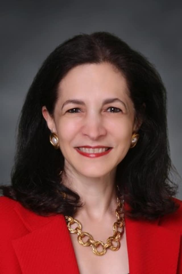 Wilton State Rep. Gail Lavielle (R-143) is joining with House and Senate Republicans to oppose a bill that would create a state-run retirement fund.