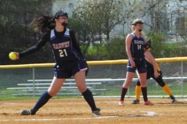 Selena Cummings fired a one-hitter for Harvey in its softball win over Storm King.