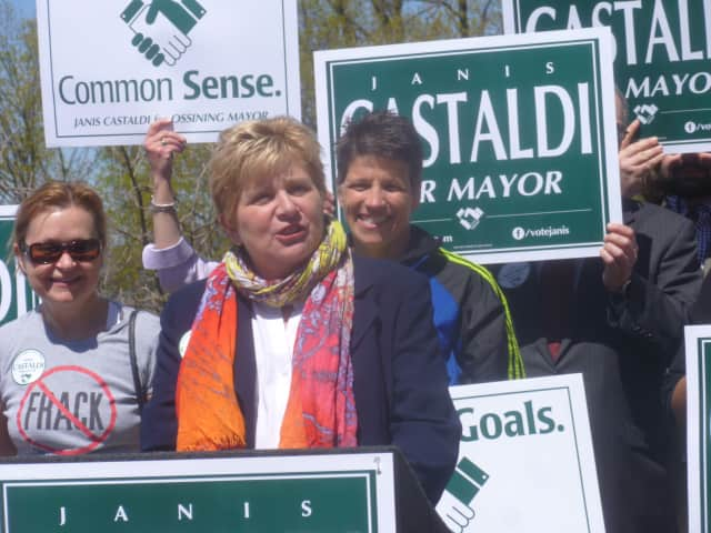 Janet Castaldi announced her candidacy for mayor of Ossining.