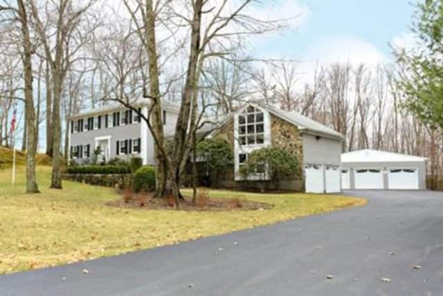 6 Gilman Lane, Cortlandt Manor