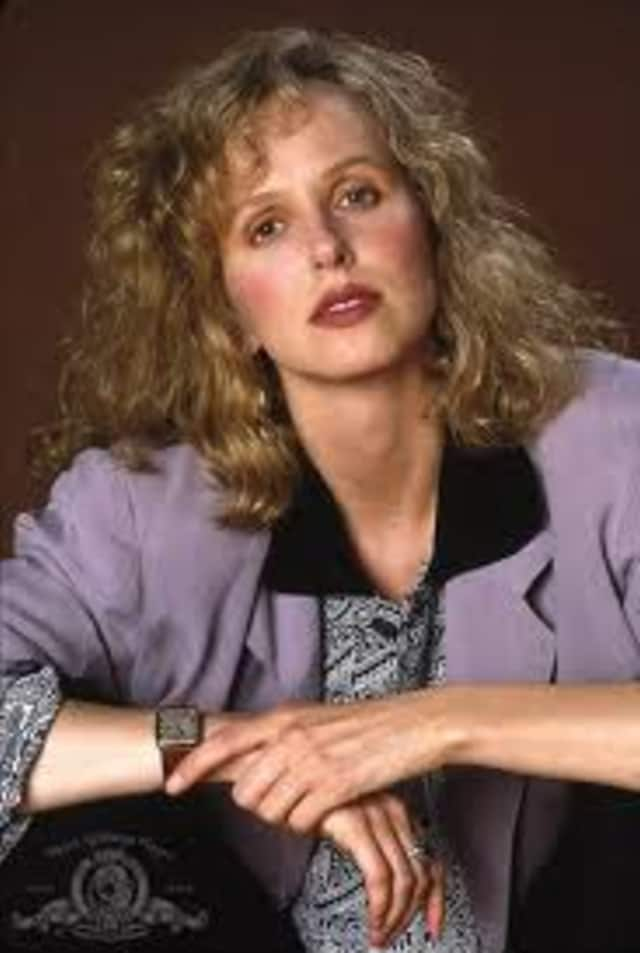 Happy birthday to Kim Greist.