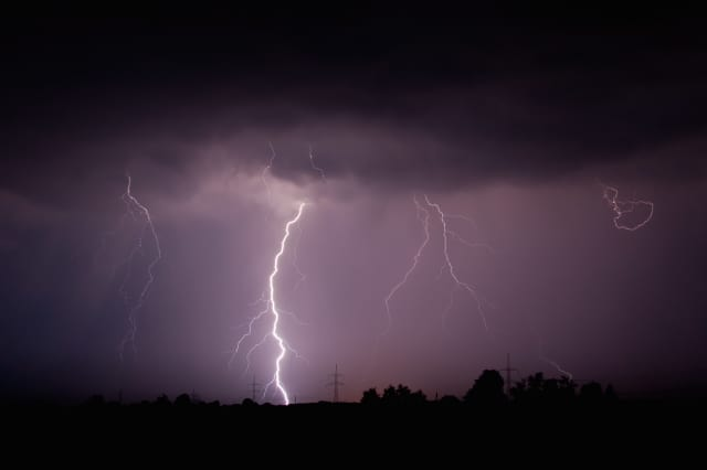Residents should be prepared for strong winds, lighting and heavy rain when a line of thunderstorms moves into the area on Monday.