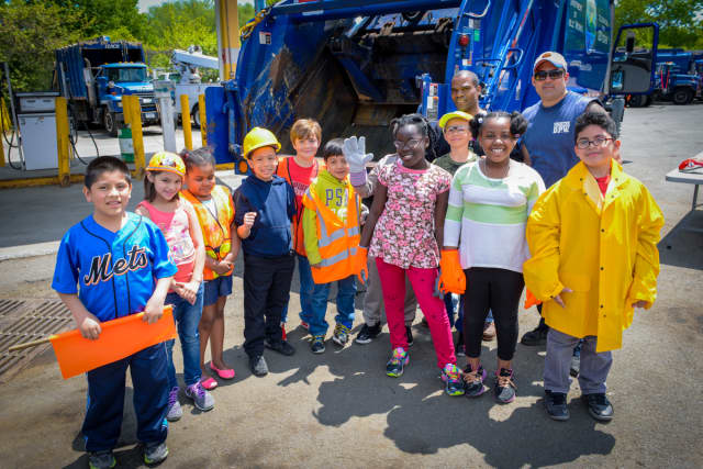 Third grade students from Yonkers' Foxfire School received a tour of the city's Department of Public Works.