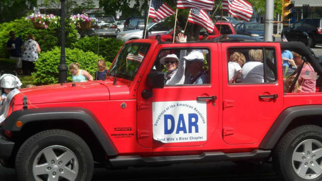 The Daughters of the American Revolution parades in Darien. Members of the group are expected to attend a two-hour workshop at the Darien Library on Sunday, Nov. 13.