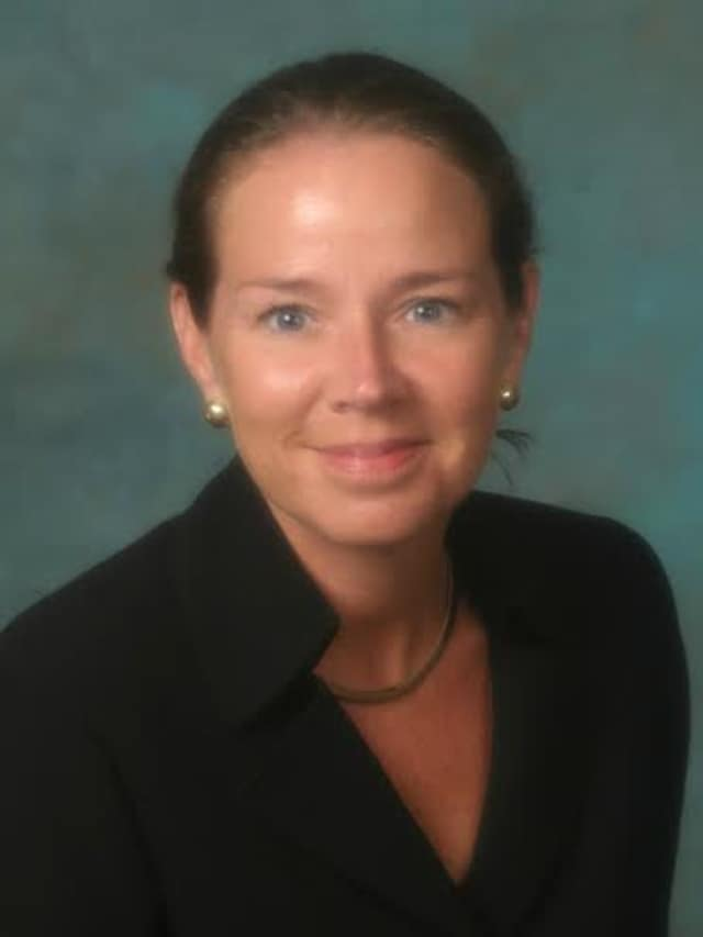 Allstate agent Karen Merritt qualified for Summit Club, a statewide initiative that awards agency owners.