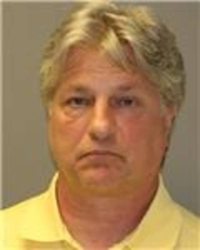 New York State Police charged a Thornwood man with driving while intoxicated recently.