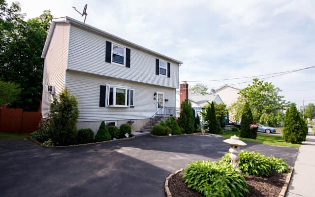 33 South Stone Ave., Elmsford