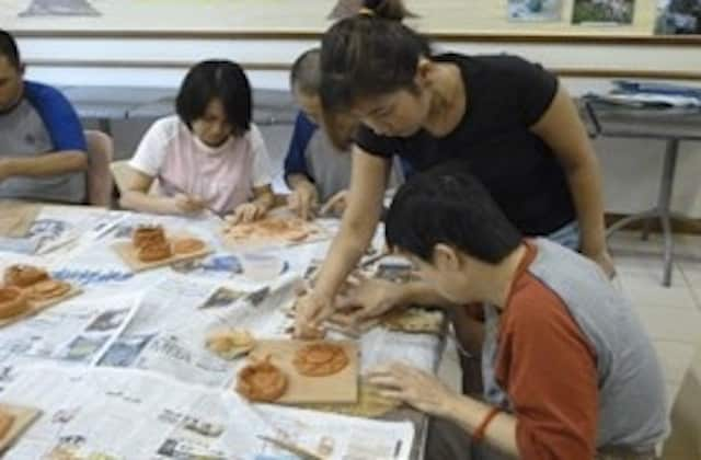 Sign up now for the Clay Art Workshop.