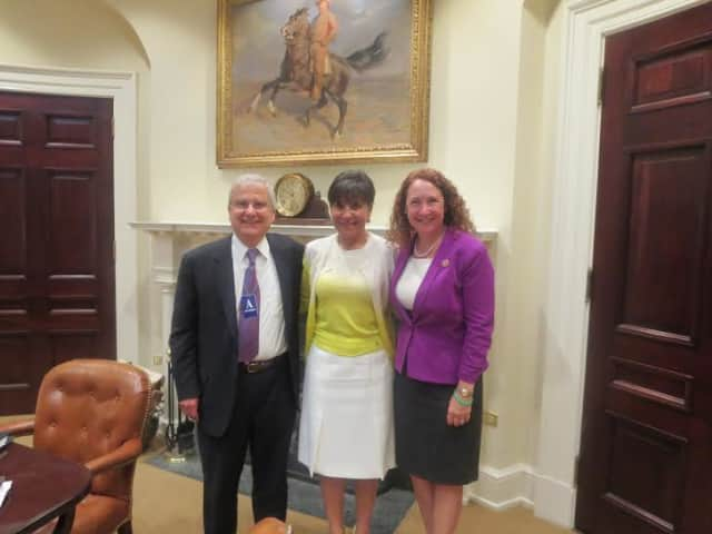 From left: Dr. Robert Bedoukian of Danbury, Commerce Secretary Penny Pritzker, and U.S. Rep. Elizabeth Esty attend a White House roundtable on exports.