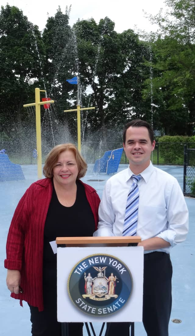 Senator David Carlucci and Town of Ossining Supervisor Sue Donnelly announced plans for a new water recycling system to be added at Louis Engel Waterfront Park.