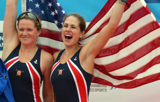 Meghan Galloway, left, and Liliane Lindysa on the medal podium in Hamburg.