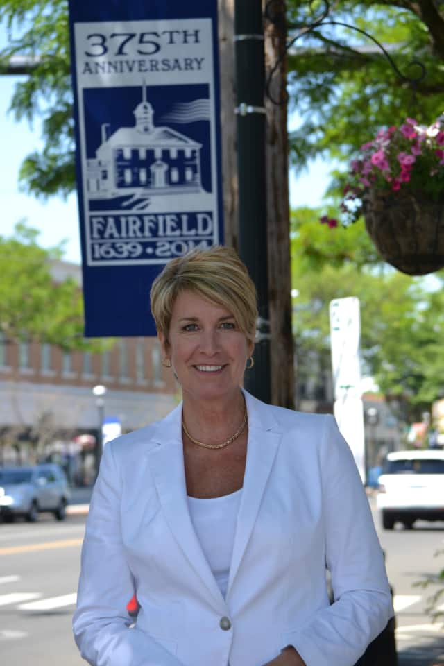 State Rep. Laura Devlin will join her colleagues, State Reps. David Rutigliano and Ben McGorty, for a coffee hour with their constituents Jan. 23.