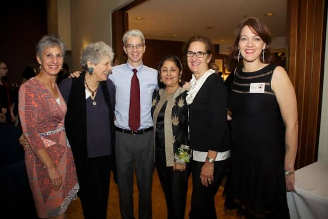 The Clay Art Center's board of directors announces its fundraiser and gala Hand-In-Hand : Celebrating the Clay Community.