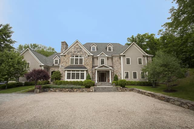 393 Mount Holly Road, Katonah