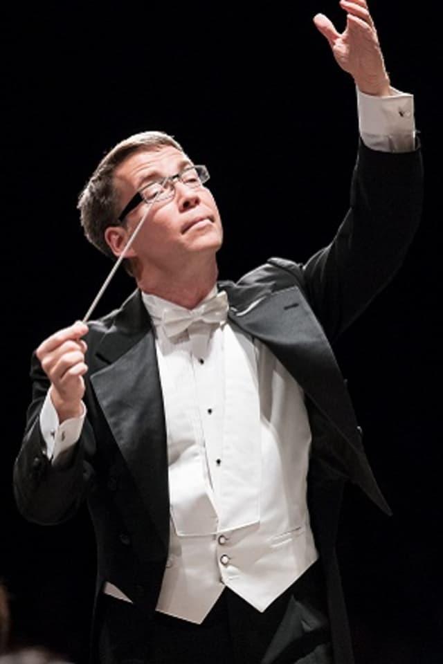 Ridgefield Symphony Orchestra Music Director Gerald Steichen