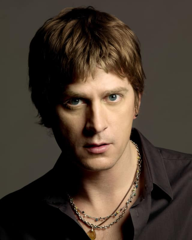 Rob Thomas will be performing for Open Door Medical Center.