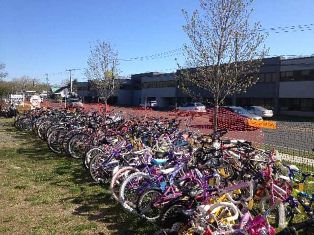 Bikes are always plentiful at the popular Mink to Sinks sales in Wilton.