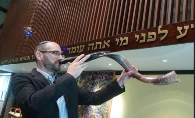 Norwalk Ushers In Yom Kippur At Sunset Friday | Trumbull