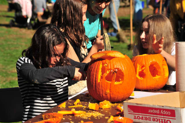 The Greenburgh Nature Center is hosting a scarecrow and pumpkin event on Sunday.