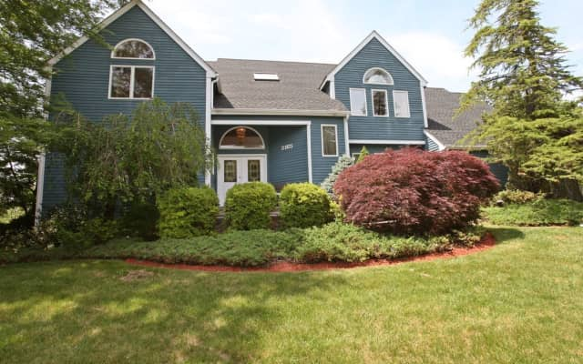 3165 Arbour Lane, Yorktown Heights