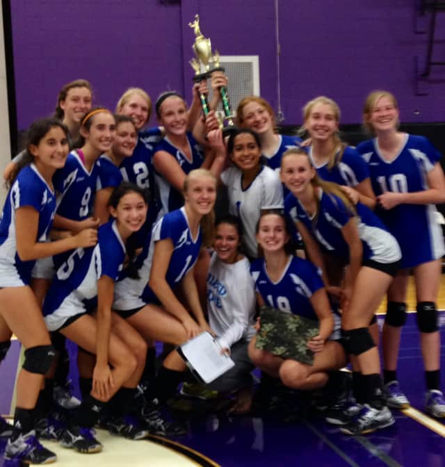 The Blue Wave volleyball team won the recent NY-CT Invitational Tournament.