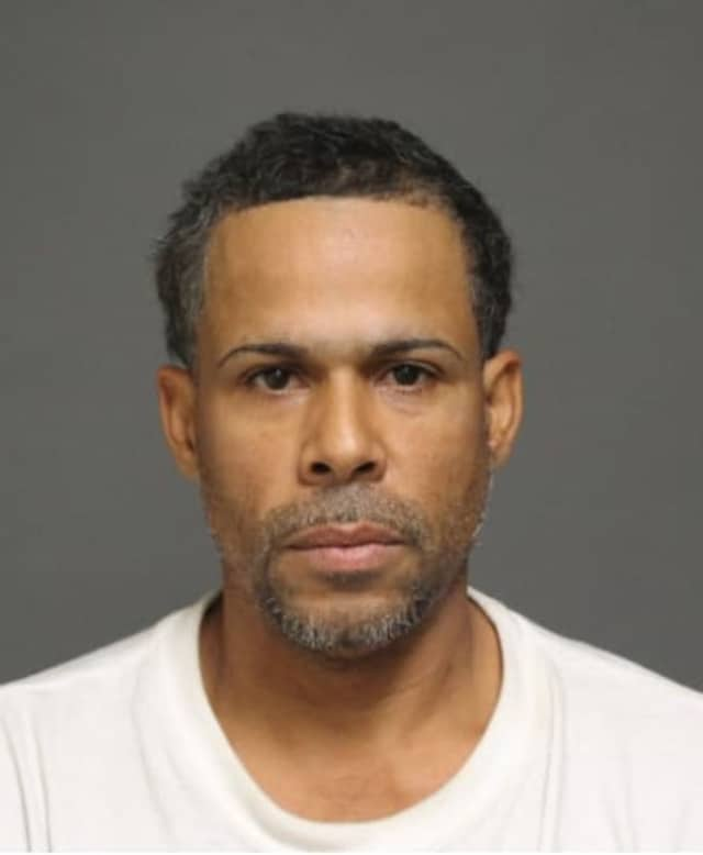 Edgar Fontanez-Soto was charged with third-degree burglary and sixth-degree criminal attempted larceny.