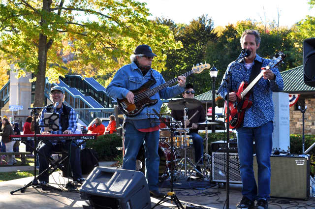 The Chris Fox Band performed at the 2014 Ragamuffin Carnival and is returning this year.