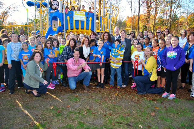 State Sen. Greg Ball as well as students and faculty from Thomas Jefferson Elementary unveiled a new playground.