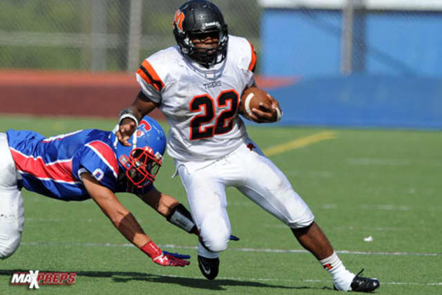 Marquez Allen-Jackson rushed for a career-high 307 yards and two touchdowns for Mamaroneck High School last week in a 34-7 win over Suffern. Mamaroneck meets Scarsdale in the Section 1 playoffs on Saturday.