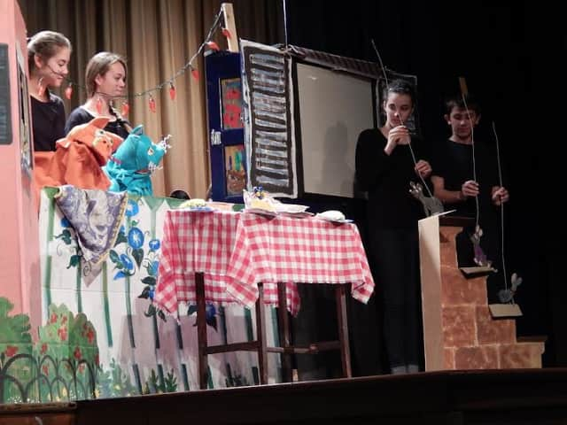 """Hendrick Hudson High School students used puppetry to bring the """"Chato's Kitchen"""" to live."""