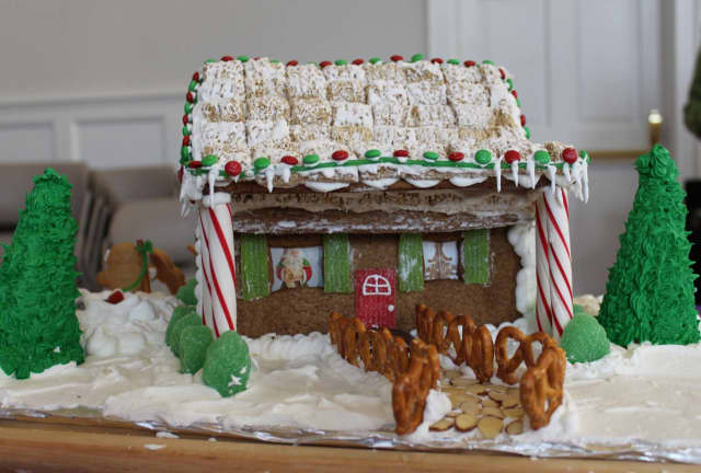 New Canaan kids are invited to pick up gingerbread house kits that will be displayed in storefronts throughout December.