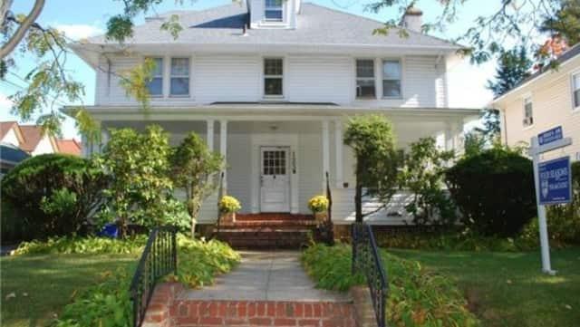 123 Magnolia Ave., Mount Vernon
