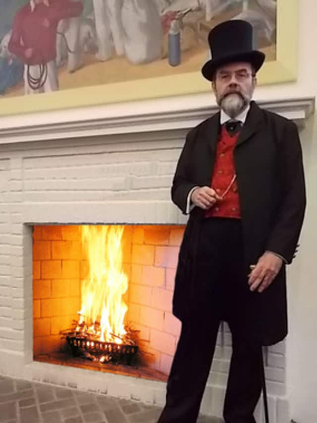"Frank Connelly will once again perform ""A Christmas Carol"" at the Larchmont Library on Dec. 15."